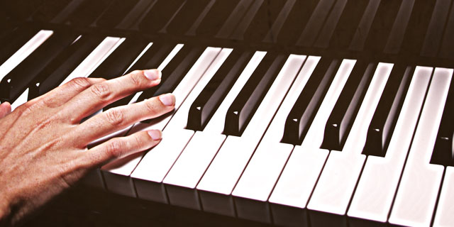 Julie Futch Piano Lessons, Noteworthy Music Piano Lessons
